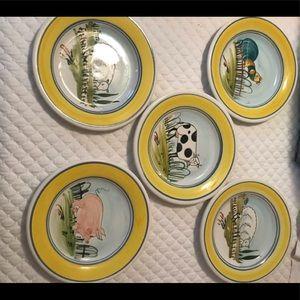 Set of 5 plates - barnyard / made in Greece